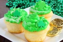 De Dag van heilige Patrick ` s cupcakes Stock Foto's
