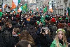 De dag van heilige Patrick ` s in Moskou Stock Afbeeldingen