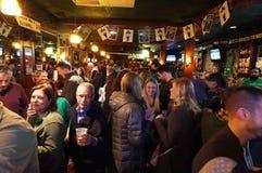 De Dag van heilige Patricks bij de Bar Royalty-vrije Stock Foto