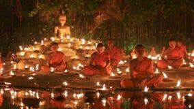 De dag van Maghapuja, Chiangmai, Thailand stock video