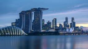 De dag van de tijdtijdspanne aan nachtzonsondergang in Singapore stock videobeelden