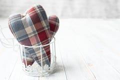 De dag van de valentijnskaart `s Houten licht als achtergrond stock foto