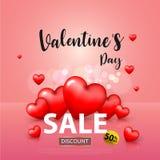 De dag van Valentine ` s, het malplaatje van de Verkoopbanner rood en Wit hart met het van letters voorzien op achtergrond Stock Foto
