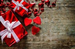 De dagachtergrond van de valentijnskaart met harten Stock Afbeelding