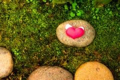 De dagachtergrond van valentijnskaarten met harten Stock Fotografie