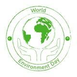 De Dagembleem van het wereldmilieu met aarde en handen Stock Foto's