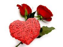 De dagkaart van de valentijnskaart - de rode rozen van het harteind Stock Fotografie
