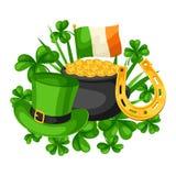 De Dagkaart van heilige Patrick Vlag Ierland, pot van gouden muntstukken, klavers, groene hoed en hoef Royalty-vrije Stock Foto