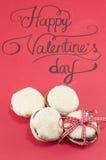 De dagkaart van Valentine en eigengemaakte koekjes Stock Afbeelding