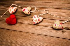 De dagvakantie van de gelukkige valentijnskaart op liefdeachtergrond stock fotografie