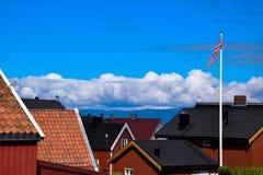 De daken van de huizen in Noorwegen Royalty-vrije Stock Foto