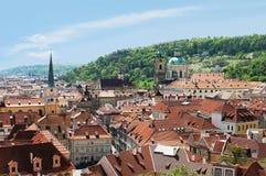 De daken van de tegel van Praag Stock Fotografie