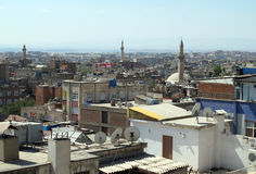 De daken van Diyarbakir. Stock Foto