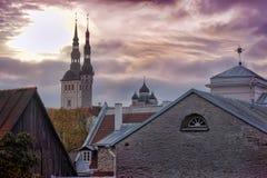 De daken van Tallinn Estland Stock Foto's