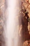 De dalende het Huilen van het Water Canion van Zion van de Waterval van de Rots stock foto's