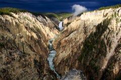 De Daling en de Canion van Yellowstone Stock Foto