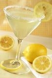 De Daling Martini van de citroen Royalty-vrije Stock Afbeeldingen