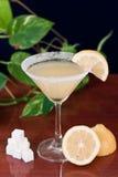 De daling martini van de citroen Royalty-vrije Stock Foto's