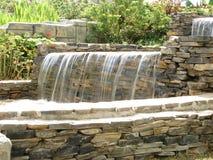 De daling van het water van tuin Stock Fotografie