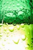 De dalingen van flessen Stock Afbeeldingen