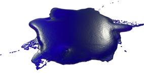 De dalingen van het blauwe inktdruppeltje op de witte oppervlakte 3d geef vloeistof zoals sap met zeer hoog detail en alpha- mask vector illustratie