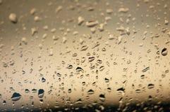 De dalingen van het water op het glas Royalty-vrije Stock Foto