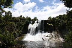 De Dalingen van het Water van Aniwaniwa - Meer Waikaremoana Royalty-vrije Stock Foto