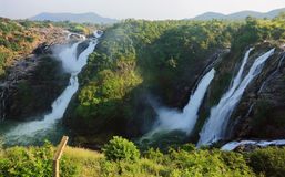 De Dalingen van het Water van Shivasamudram, India Stock Fotografie