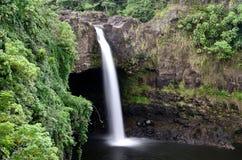 De Dalingen van de regenboog van Hawaï stock fotografie