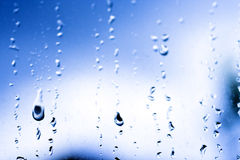 De dalingenregen van het water stock fotografie