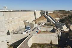 De dam van Alqueva Stock Afbeelding