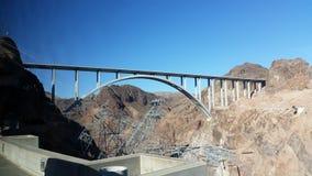 De dam van brughoover Royalty-vrije Stock Foto's