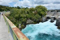 De Dam van de Aratiatiastroomversnelling dichtbij Taupo - Nieuw Zeeland Stock Afbeeldingen