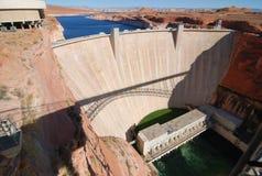 De Dam van de Canion van de nauwe vallei Stock Foto's