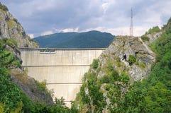 De Dam van Vidraru op Arges Stock Afbeeldingen