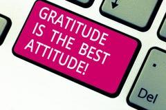 De Dankbaarheid van de handschrifttekst is de Beste Houding Concept betekenen dankbaar is voor alles u Toetsenbordsleutel verweze stock foto's