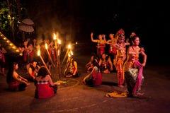 De Dans van de Brand van Kecak van vrouwen Royalty-vrije Stock Afbeelding