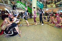 De Dans van het Bamboe van Murut Stock Foto's