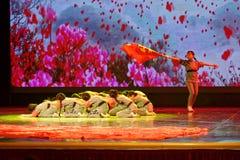 De de Dansacademie die van Peking van Kinderen` s Korpsen van het de dansonderwijs van test opmerkelijke kinderen ` s de voltooii royalty-vrije stock foto's