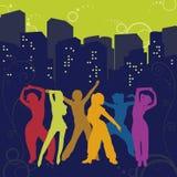 De dansende meisjes in een stad Stock Foto