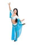 De danser van het oosten in oostelijk kostuum. Stock Fotografie