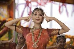 De danser van India stock afbeeldingen
