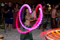 De dansers bij een trommel omcirkelen op de Sleutel van de Siësta, Florida Royalty-vrije Stock Foto