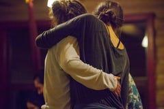 de dansers improviseren op het contact van jamdansers royalty-vrije stock foto