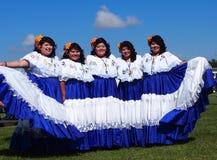 De Dansers van Centraal-Amerika bij de Erfenisdagen 2013 van Edmonton Stock Fotografie