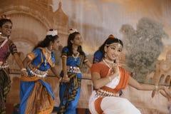 De dansers van India stock afbeelding