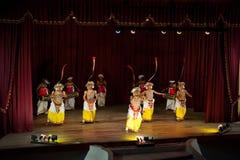 De dansers van Lankan van Sri Stock Foto's