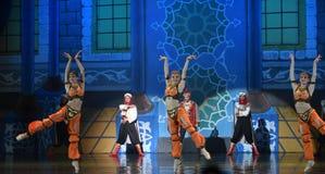 """De dansersballet """"One Duizend Één Nights† van Arabië Stock Afbeeldingen"""