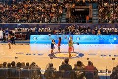 De dansteam van Parma van de basketbalclub stock foto's