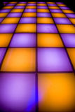De dansvloer van de disco met kleurrijke verlichting Royalty-vrije Stock Afbeeldingen